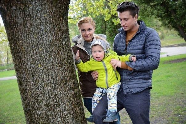 Агата и Павел с сыном. Фото: vk.me