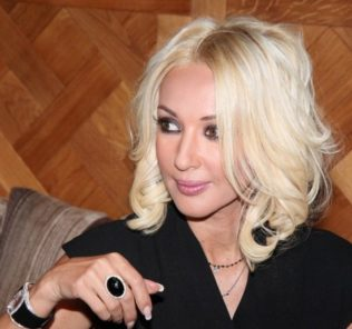 Лера Кудрявцева скрывает беременность