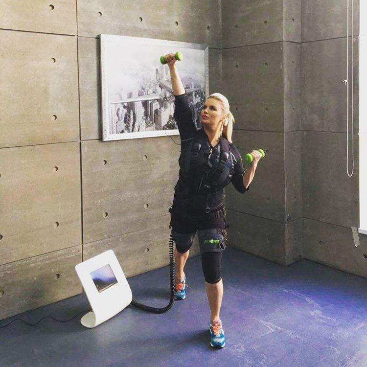 Выходные Анна Семенович проводит в спортзале Фото: Инстаграм