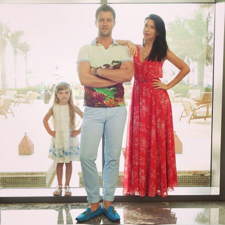Екатерина Волкова с мужем и дочерью Лизой Фото: Инстаграм