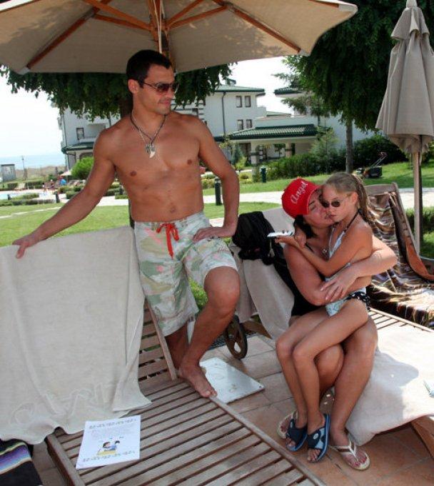 Милявская отдыхает в Болгарии с мужем и дочерью Фото: ru.tsn.ua