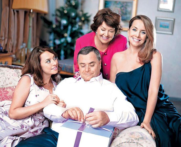Жанна Фриске с семьей Фото: официальный сайт Жанны Фриске