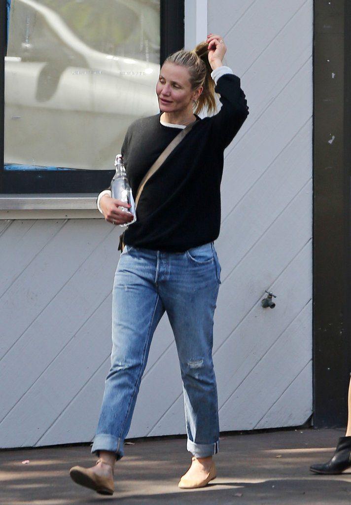 Камерон Диас сфотографировали без макияжа и в драных джинсах Фото: Daily Mail