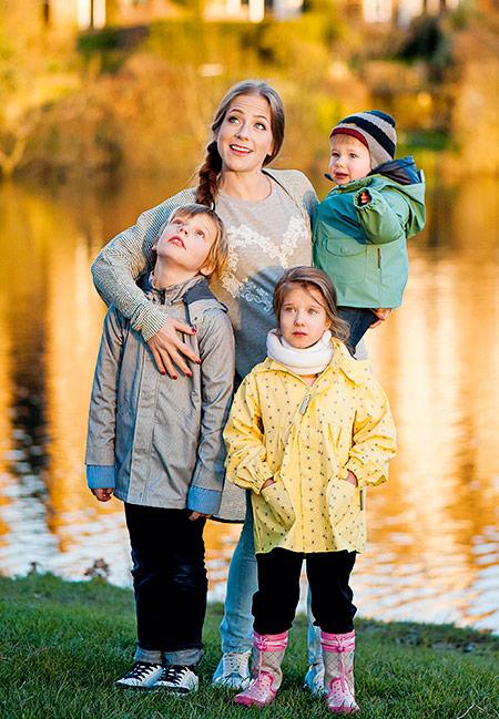 Юлия Барановская с детьми Фото: Hellomagazine