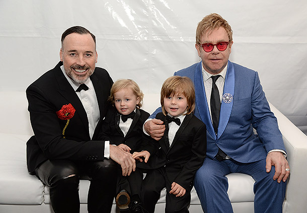 Элтон Джон и Дэвид Ферниш с детьми Фото: Инстаграм