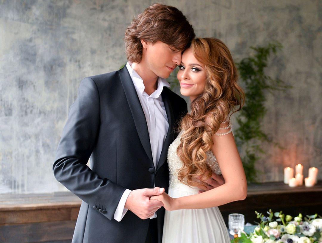 данном месте шаляпин и анна калашникова фото свадьбы позволял себе