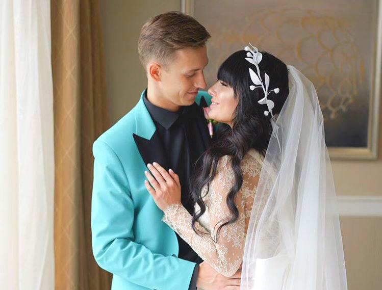 Нелли Ермолаева похвасталась фотографиями со свадьбы
