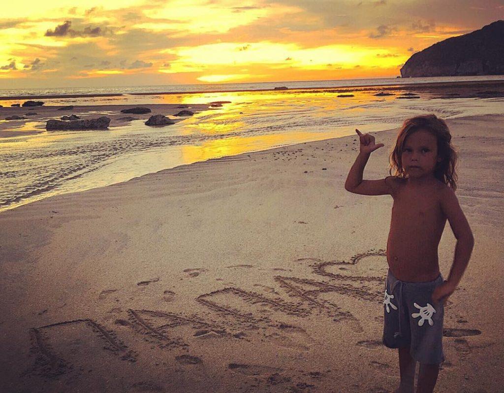 Сын Гуфа живет с мамой Айзой Анохиной (Долматовой) на Бали Фото: Инстаграм