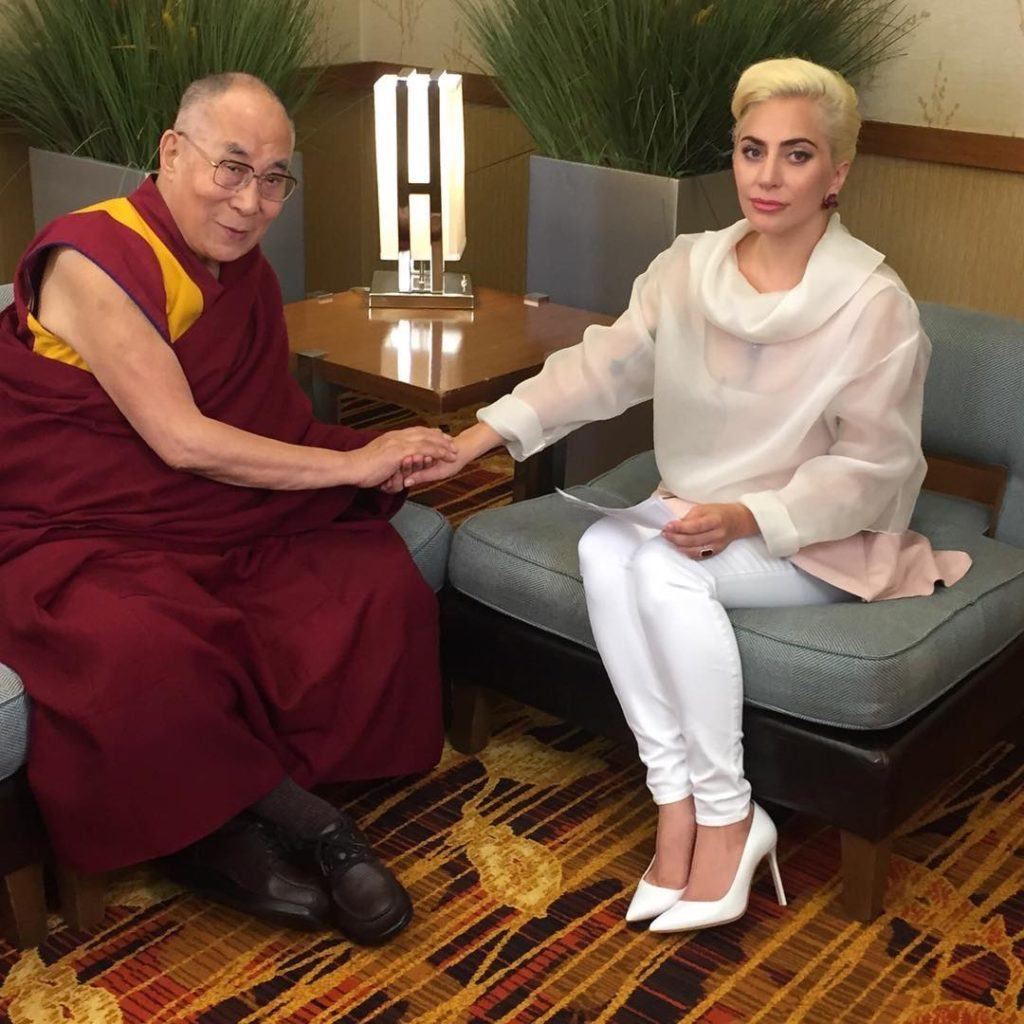 Леди Гага встретилась с Далай-ламой Фото: Инстаграм