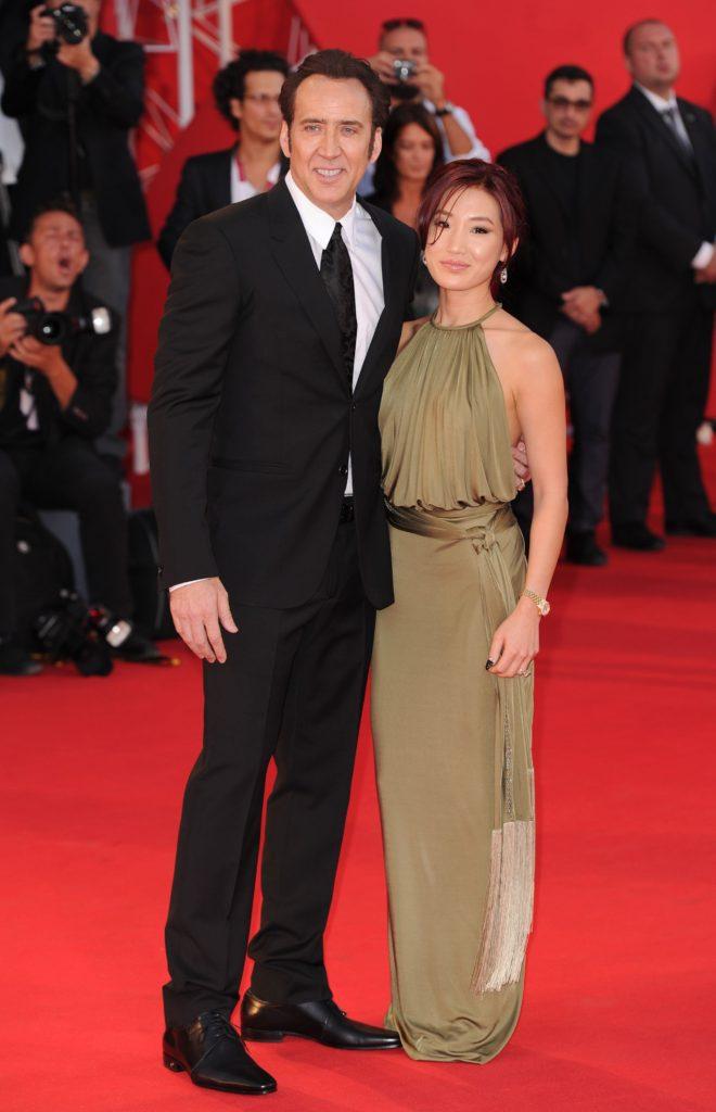 Николас Кейдж с женой Элис Ким Фото: U-news