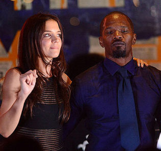 EAST HAMPTON, NY - AUGUST 24:  katie Holmes and Jamie Foxx perform at the  4th Annual Apollo In The Hamptons Benefit on August 24, 2013 in East Hampton, New York.  (Photo by Shahar Azran/WireImage)