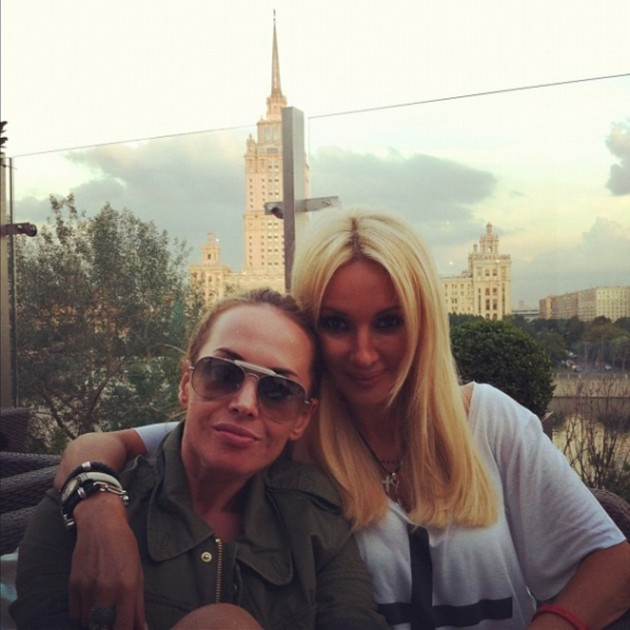 Лера Кудрявцева с Жанной Фриске Фото: Инстаграм