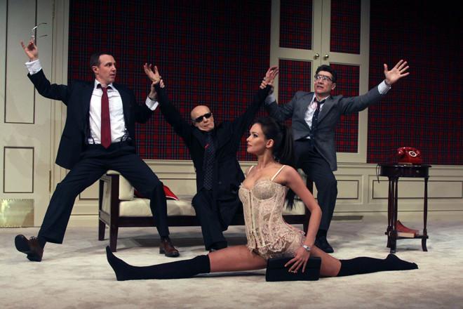 """Паулина Андреева в сцене из спектакля """"№13"""" Фото: wday.ru"""