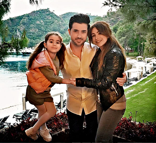 Ани Лорак с мужем Муратом и дочерью Софией Фото: Инстаграм