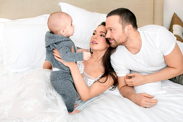 Агния Дитковските с экс-супругом Алексеем Чадовым и сыном Федором Фото: Нellomagazine