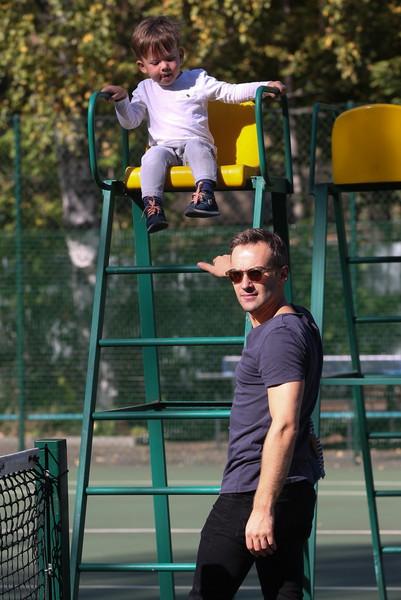 Дмитрий Шепелев с сыном Платоном Фото: woman.ru