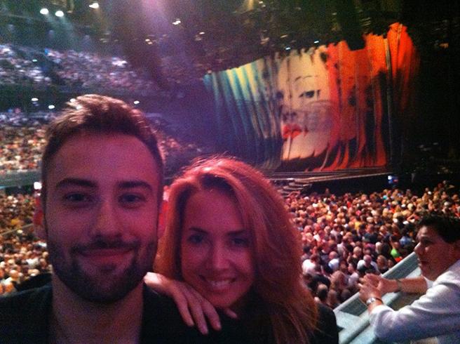 Дмитрий Шепелев и Жанна Фриске на концерте Мадонны в Амстердаме Фото: graziamagazine.ru