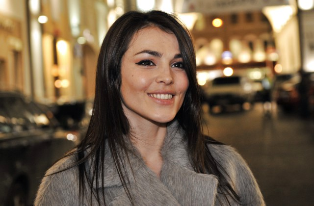 Сати Казанова выпустила клип «Ладони Парижа», снятый во Франции