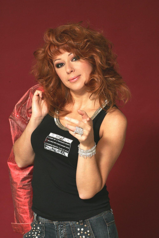 Алена Апина. Фото с сайта www.kinopoisk.ru