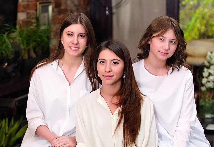 Дочери Валерия Меладзе. Фото с сайта teleprogramma.pro