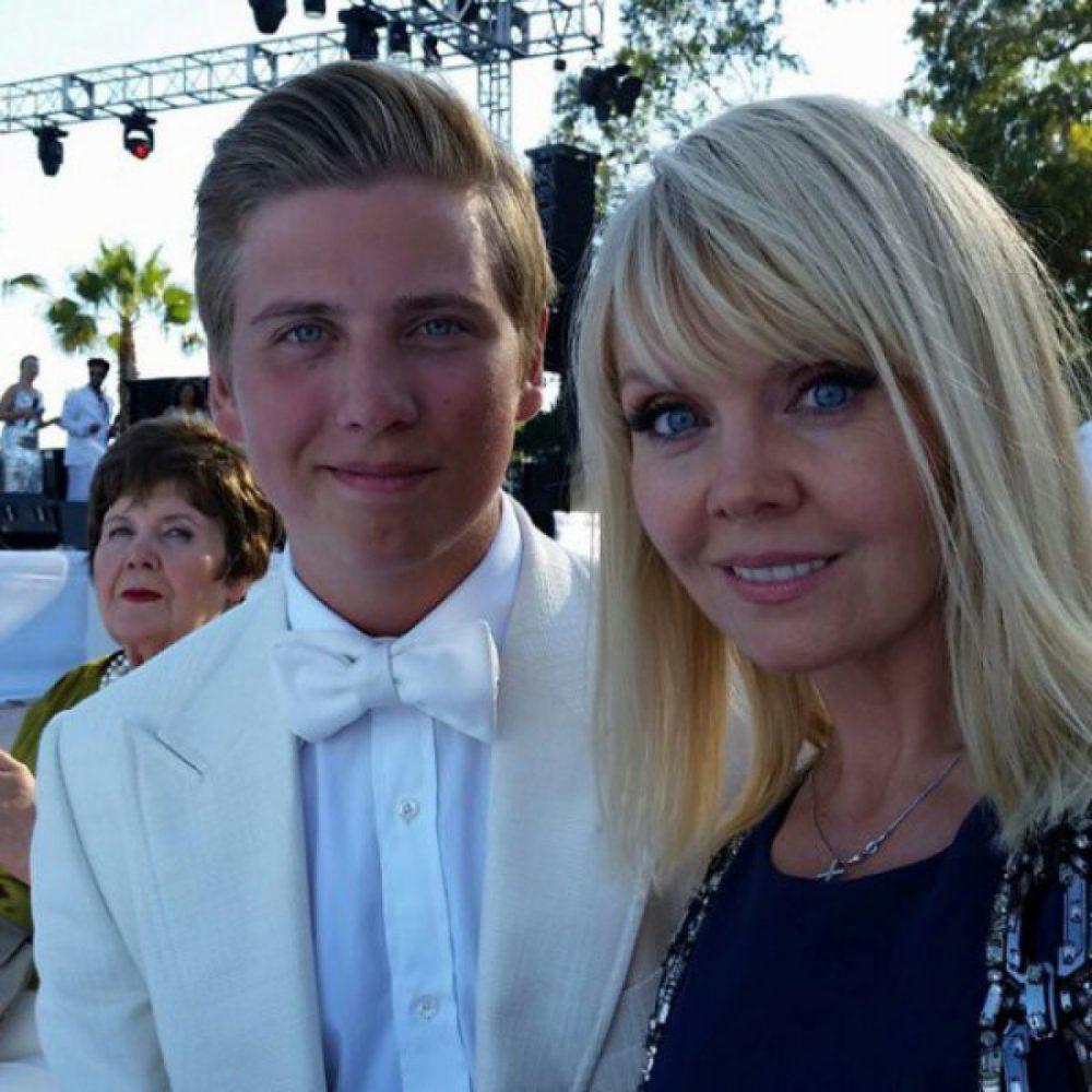 Валерия и ее сын Артемий. Фото с сайта ivona.bigmir.net