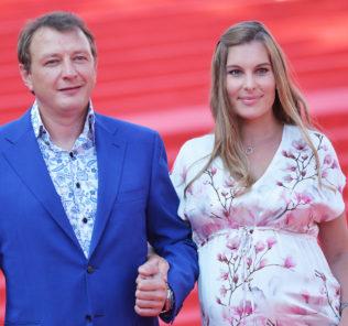 Марат Башаров и Елизавета Шевыркова. Фото с сайта