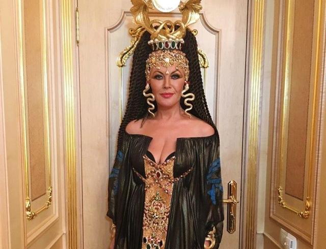 Таисия Повалий выступила в Кремле в костюме Клеопатры