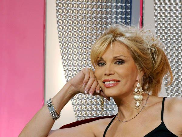 Аманда Лир покидает шоу-бизнес