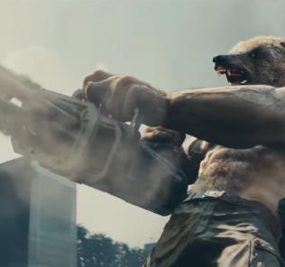 Елена Темникова «спасала мир» вместе с медведем
