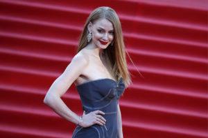 Ходченкова показалась на публике в дешевом платье