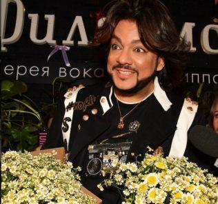 Филипп Киркоров и Андрей Малахов спели в караоке