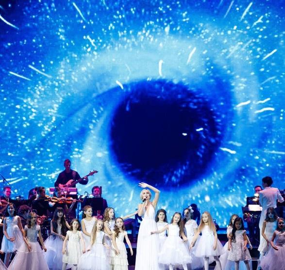 Полина Гагарина выступила с сольным концертом в Кремле