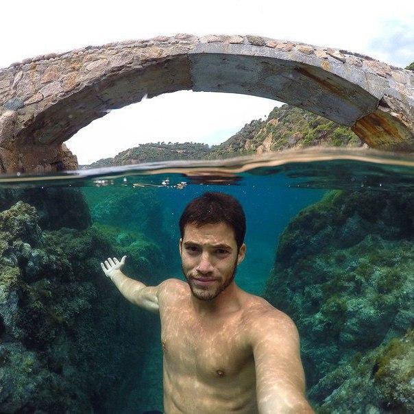 Как сделать селфи под водой