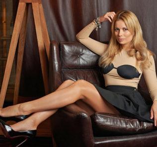 Бывшая солистка «Блестящих» Анастасия Осипова стала мамой