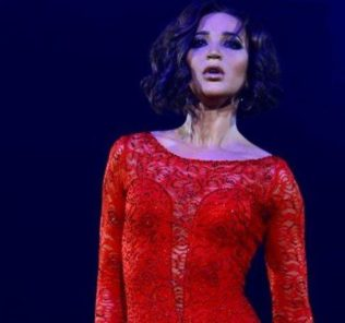 Ольга Бузова выступила с первым большим сольным концертом