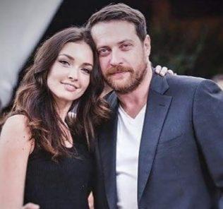 Супруг Саши Савельевой выдает дочь замуж