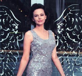 Ирина Безрукова очаровала поклонников новым образом