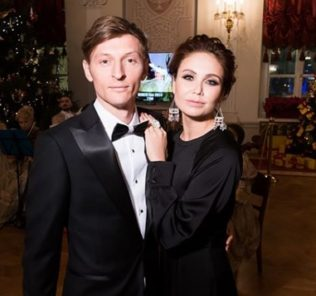 Павел Воля и Ляйсан Утяшева поразили страстным танго