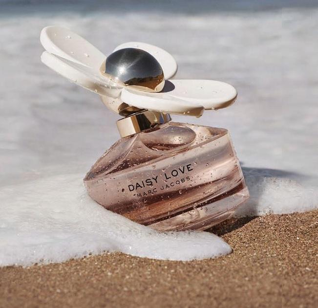 Кайя Гербер стала лицом нового аромата от Marc Jacobs Daisy Love