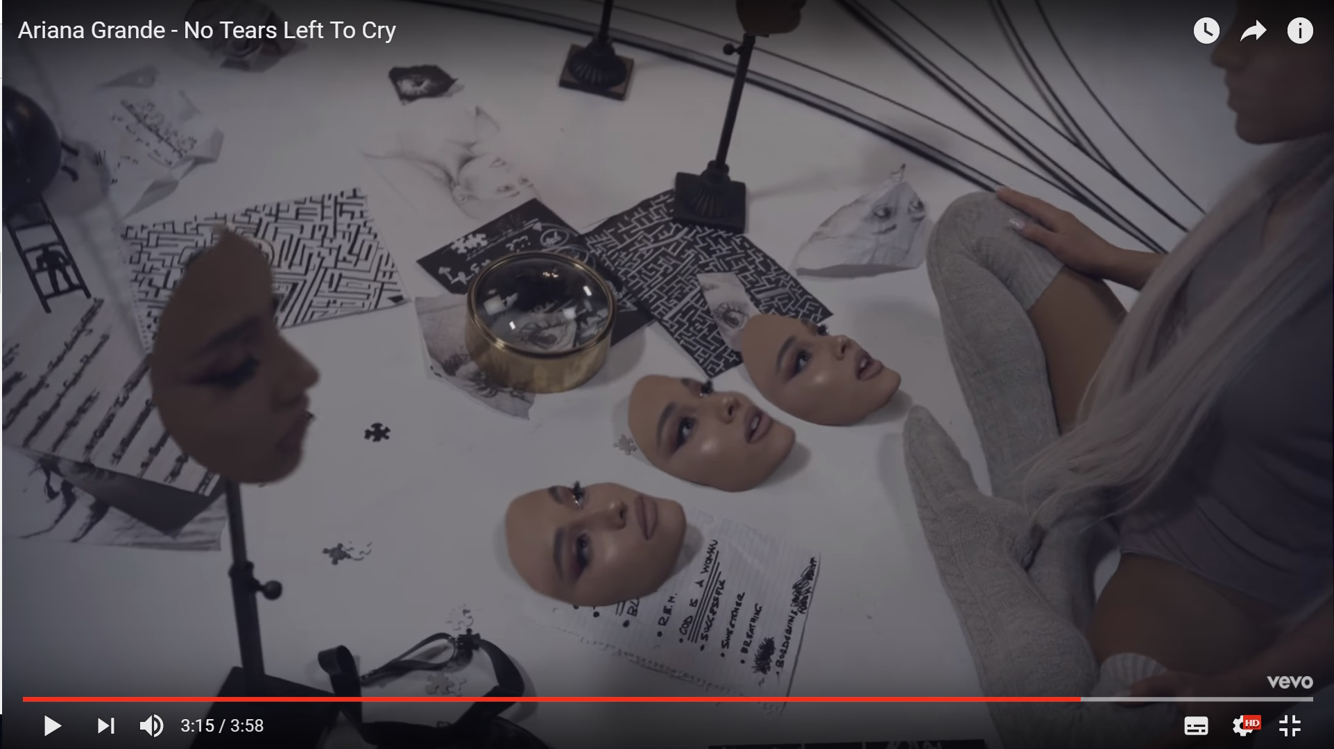 Ариана Гранде вернулась с новым синглом «No Tears Left To Сry»