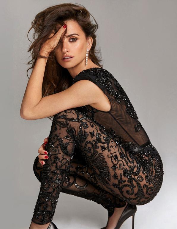 Пенелопа Крус снялась в фотосессии для «Madame Figaro»