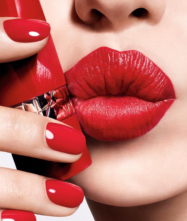 Читай по губам: Натали Портман в новой рекламной кампании Dior Rouge