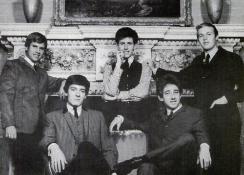 Скончался Реджи Янг - гитарист Элвиса Пресли