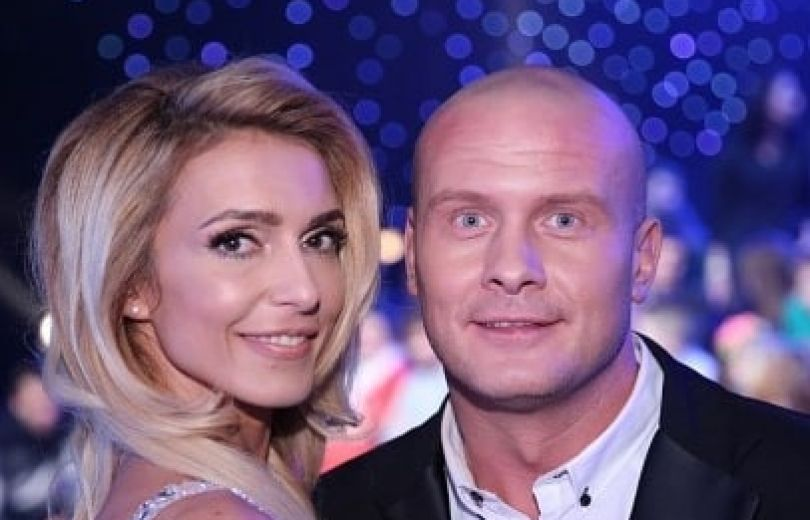 Вячеслав Узелков не хочет разводиться с женой
