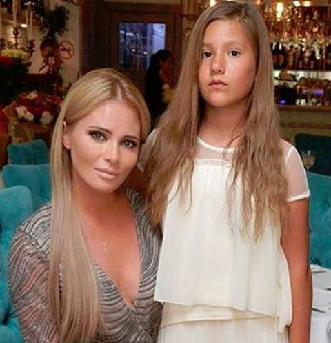 Дочь Даны Борисовой публично нажаловалась на мать