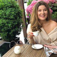 """Продюсер шоу """"Орел и решка"""" оспорила громкие заявления ведущей Жанны Бадоевой"""