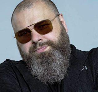Максим Фадеев рассказал о своих проблемах со слухом