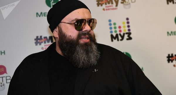 Фадеев отменил концертные туры из-за серьезных проблем со слухом