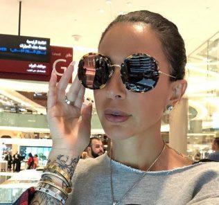 """Сестра певца Эмина """"вынесла"""" из магазина товар на 38 миллионов"""