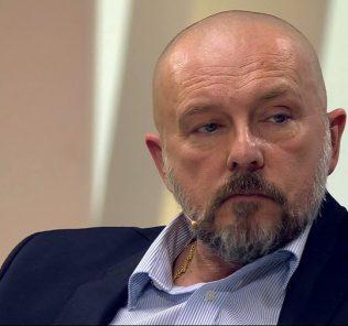 Алексей Нилов помирился с экс-супругой ради сына